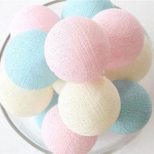 20 KUL 6 CM LED NA BATERIE GIRLANDA COTTON BALLS